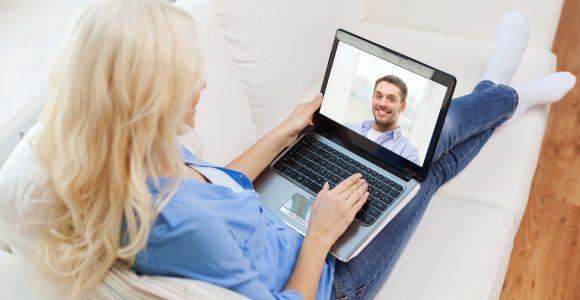 comment concrétiser une rencontre réelle avec une femme Russe rencontrée sur un site web